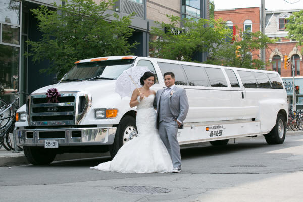 30 Passenger Mississagua Ford SUV Limo
